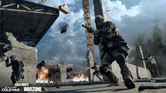 Warzone player single-handedly tackles squad abusing exploits to win