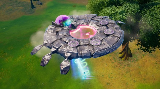 Fortnite Week 4 Challenge: Abduct an opponent with a saucer tractor beam