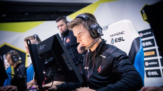 ESL Pro League rounds up Group Stage with Gambit and Astralis topping Group C and D